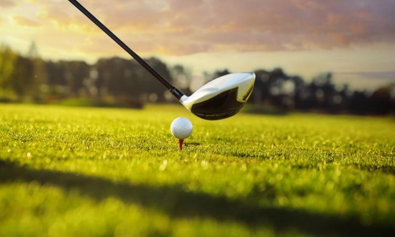 golf-hit_50958594